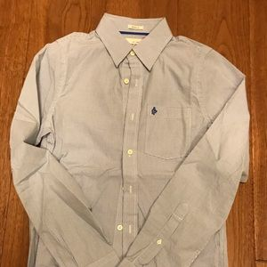 Men's causal shirt. NEW!